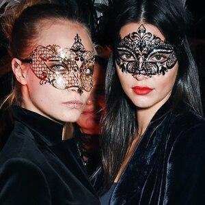 ESC: Halloween Squad, Cara Delevingne, Kendall Jenner