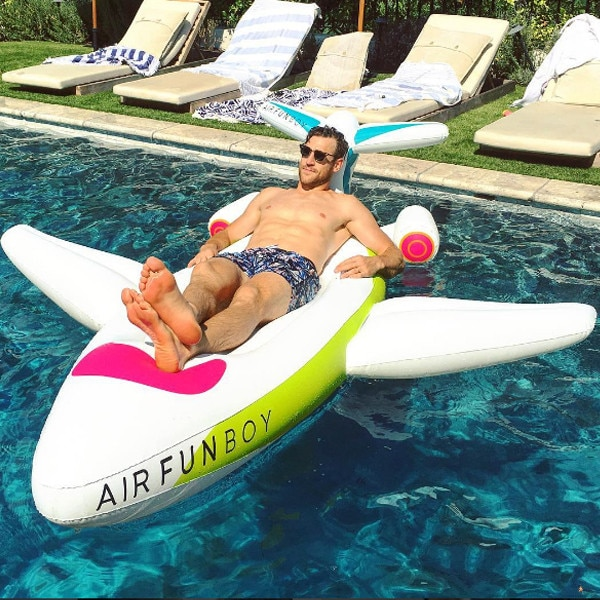 Stars Riding Giant Inflatable Pool Toys. Poll Results. Now Share Your Vote.  Brooks Laich