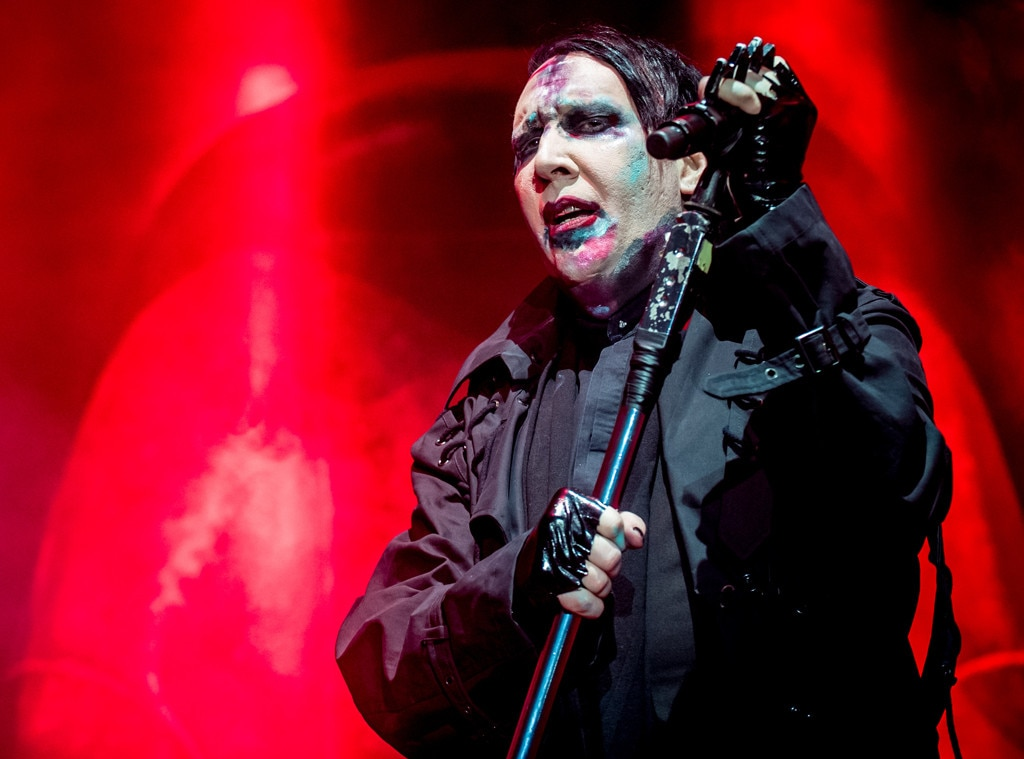 Marilyn manson sweet dreams live - 4 10