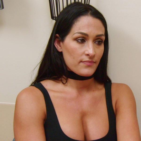 Nikki Bella, Total Bellas 207