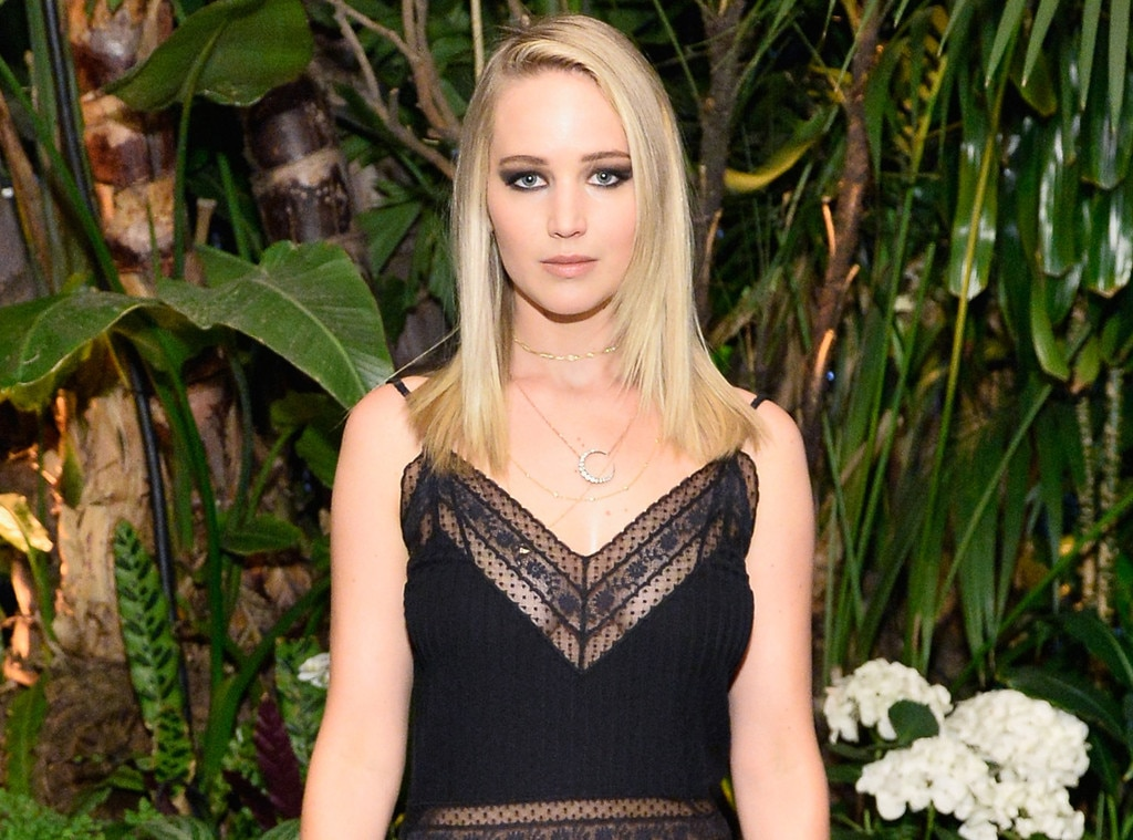 Jennifer Lawrence, ELLEs 24th Annual Women in Hollywood