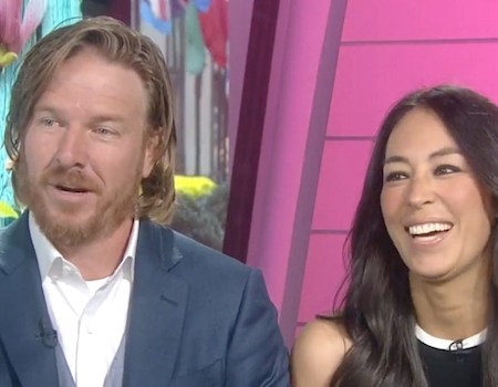 chip and joanna gaines talk their relationship and ending fixer upper we didn 39 t want to push it. Black Bedroom Furniture Sets. Home Design Ideas
