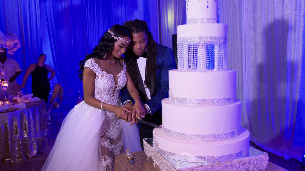 Roberts Auto Group >> WAGS Miami Season Finale Recap: Ashley Nicole Marries Philip Wheeler as Kayla Cox Announces Her ...