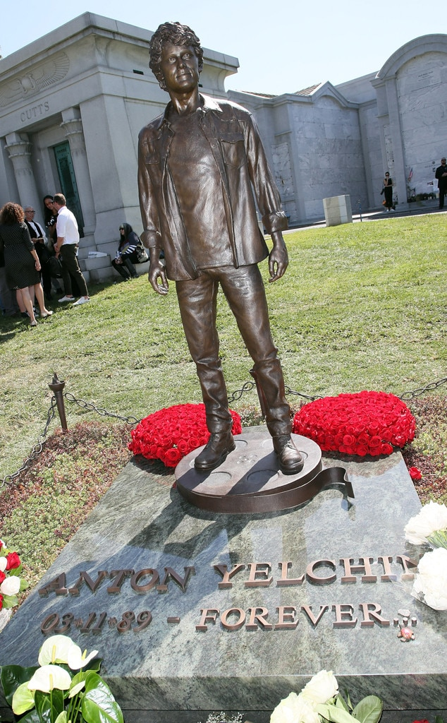 Anton Yelchin, statue, Hollywood Forever Cemetery