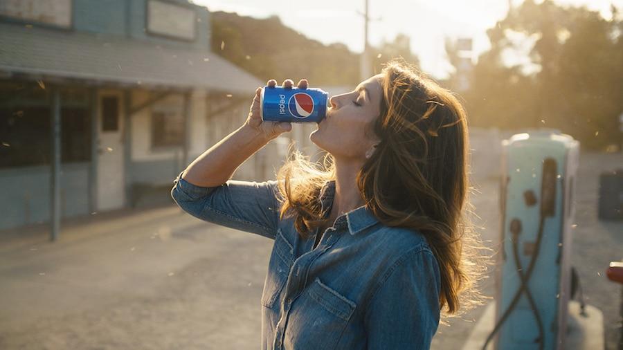 Cindy Crawford, Pepsi, Super Bowl
