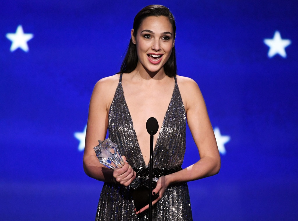 Angelina Jolie Was an Actual Snow Queen at the Critics' Choice Awards