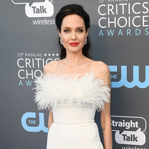 #TimesUp movement continues at the Critics' Choice Awards