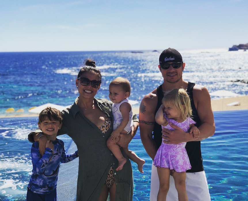 Why Vanessa Lachey Finds Nick Lachey Sexiest When He's Changing Dirty Diapers