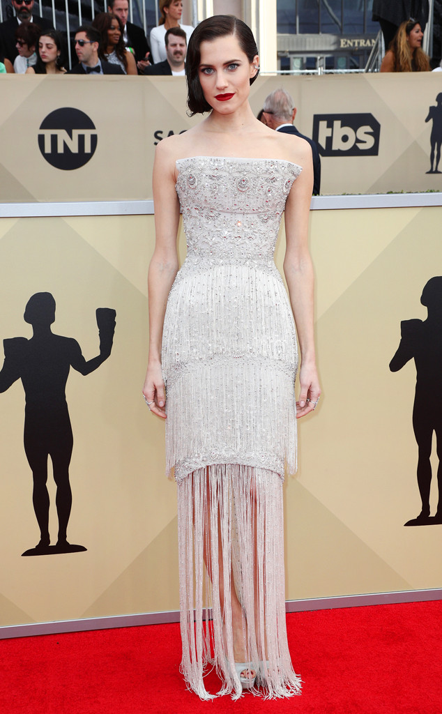 Allison Williams, 2018 SAG Awards, Red Carpet Fashions