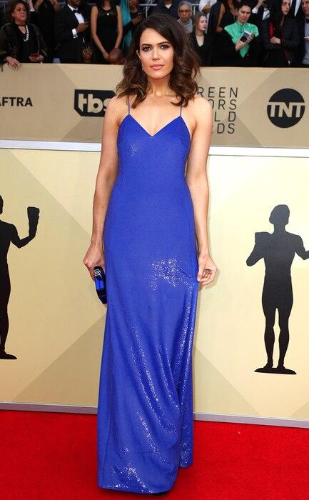 Mandy Moore, 2018 SAG Awards, Red Carpet Fashions