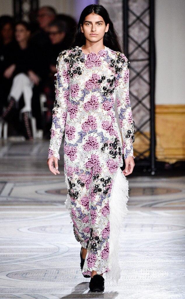 Giambattista valli from paris haute couture fashion week for Haute couture style