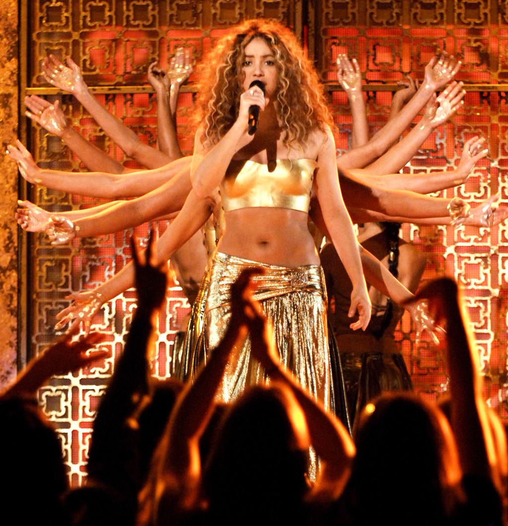 ESC: E!ssentials, Shakira