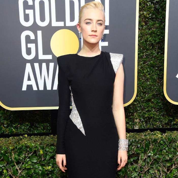 Resultado de imagem para golden globe 2018 Saoirse Ronan