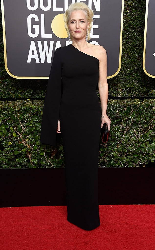 Gillian anderson from 2018 golden globes red carpet fashion e news - Golden globes red carpet ...