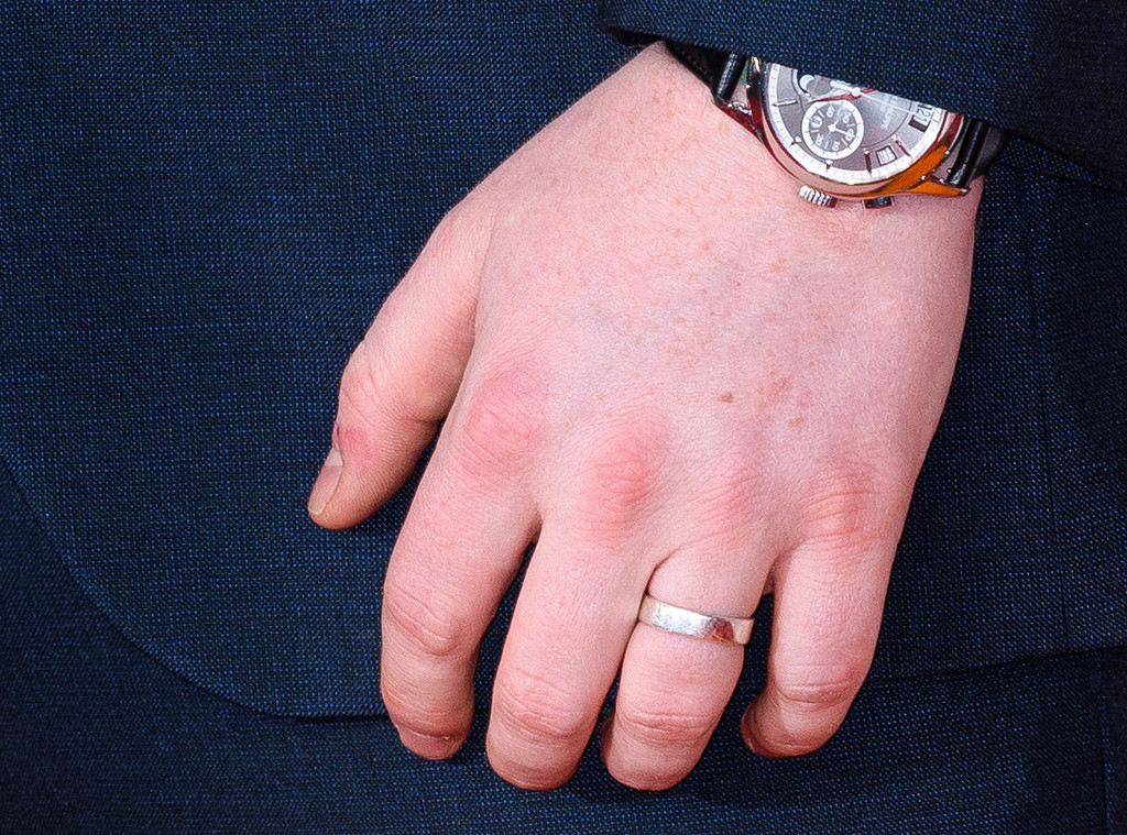 Ed Sheeran, Ring Close Up