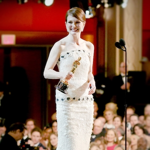 ESC: Julianne Moore, Best Actress Oscar Dresses