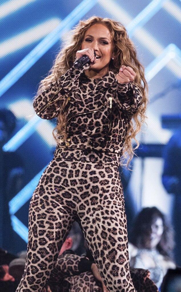Jennifer Lopez, DIRECTV NOW Super Saturday Night Concert