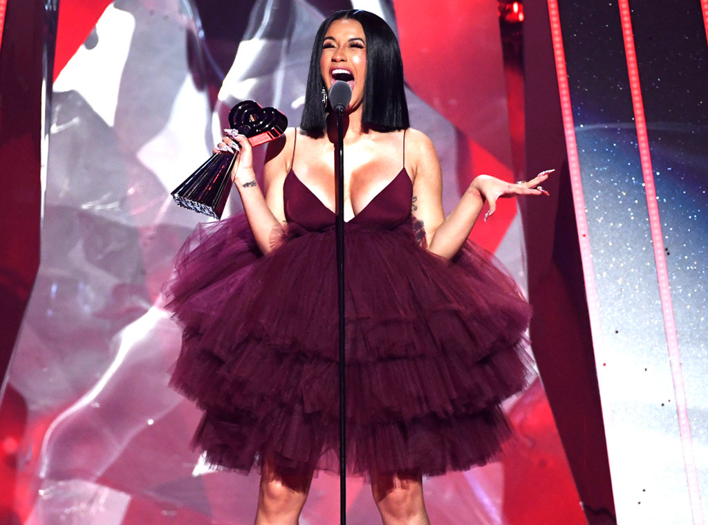 Cardi B, 2018 iHeartRadio Music Awards, Show