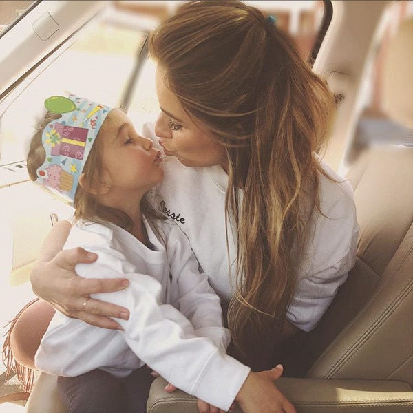 Jessie James Decker, Vivianne