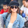 Selena Gomez Brings a Ukulele and a Bikini to Australia—but Not Justin Bieber