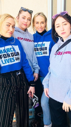 Miley Cyrus, Tish Cyrus, Brandi Cyrus, Noah Cyrus, March for Our Lives 2018