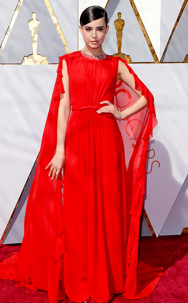 Sofia Carson, 2018 Oscars, Red Carpet Fashions