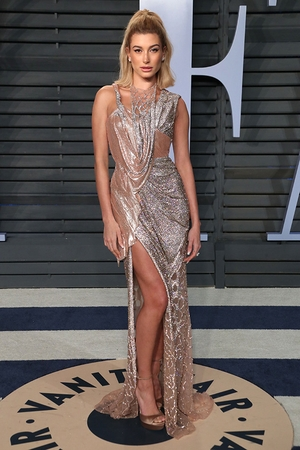 Hailey Baldwin, Vanity Fair Oscar Party 2018