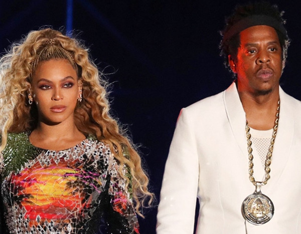 Man Rushes Stage at Beyoncé and Jay-Z's On the Run II Tour Concert