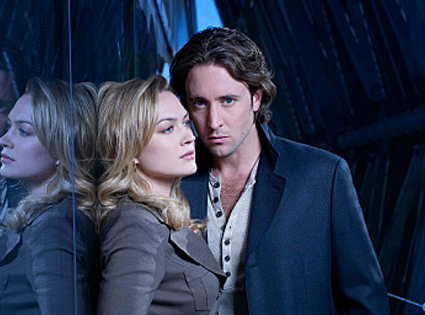Moonlight, Alex O'Loughlin, Sophia Myles