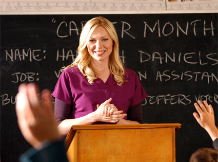 Laura Prepon, October Road
