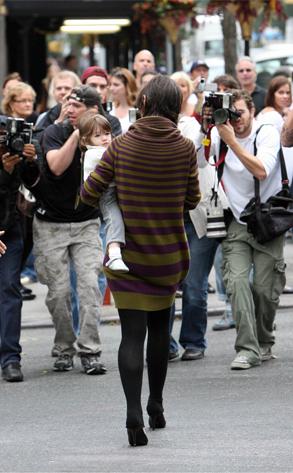 Katie Holmes, Suri, Paparazzi