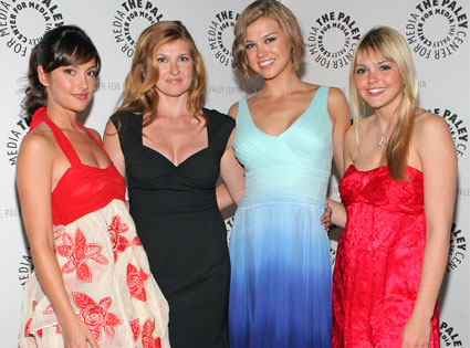 Minka Kelly, Connie Britton, Aimee Teegarden, Adrianne Palicki
