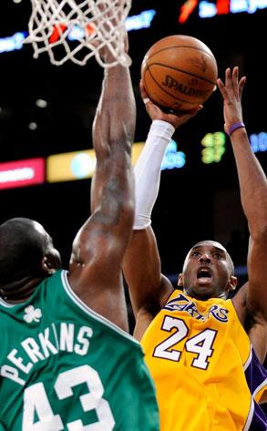 Kobe Bryant, Kendrick Perkins