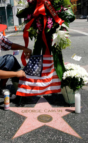 George Carlin, Hollywood Walk of Fame Memorial Wreath