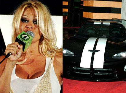 Pamela Anderson, 2000 Dodge Viper