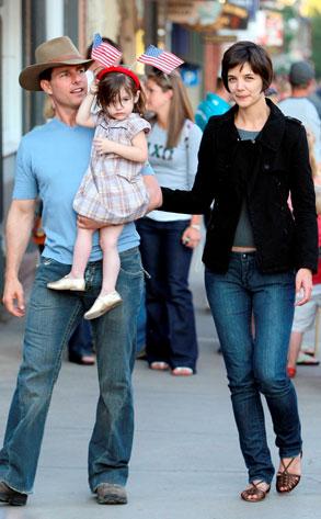 Tom Cruise, Katie Holmes, Suri Cruise