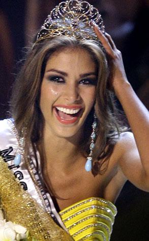 Miss Venezuela (Dayana Mendoza), Miss Universe Paegent