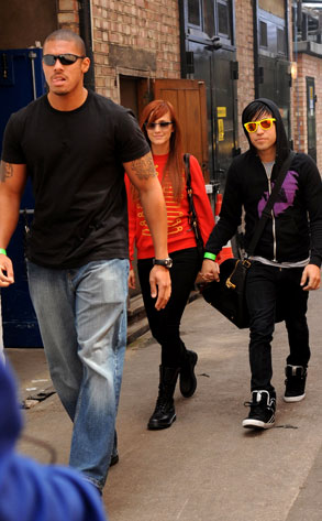 Ashlee Simpson, Pete Wentz, Bodyguard