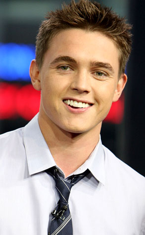Who is jesse mccartney hookup right now