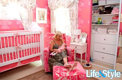 Tori Spelling, Stella McDermott, Life & Style Magazine