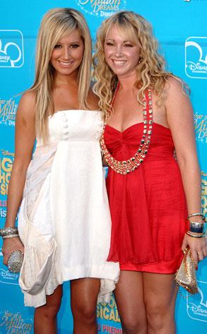 Ashley Tisdale, Jennifer Tisdale