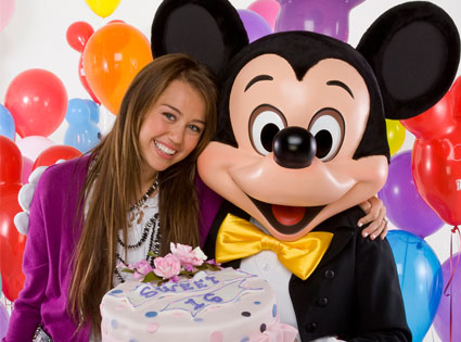 Miley Cyrus, Mickey Mouse