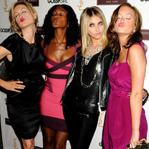Kelly Rutherford, Nicole Fiscella, Taylor Momsen, Leighton Meester