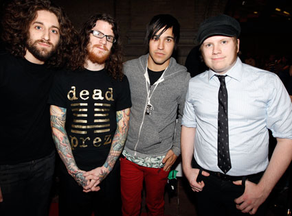 fall out boy falls on dnc convention e news. Black Bedroom Furniture Sets. Home Design Ideas