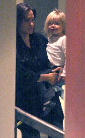 Angelina Jolie, Shiloh Jolie-Pitt