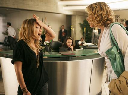 Mary-Kate Olsen, Christina Applegate in Samantha Who?