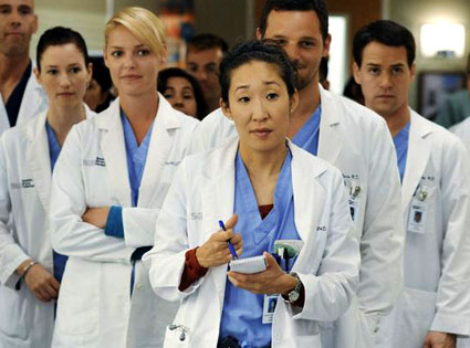 """Grey's Anatomy, There's No """"I"""" in Team"""