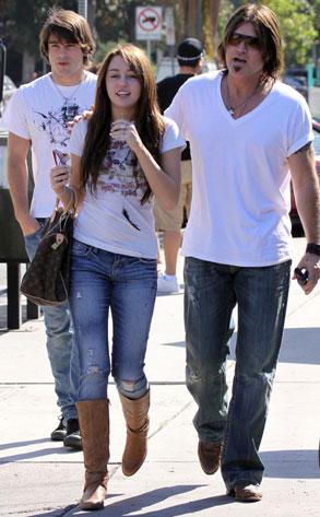 Miley Cyrus, Justin Gaston, Billy Ray Cyrus