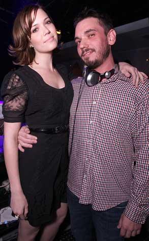 Mandy Moore, DJ AM