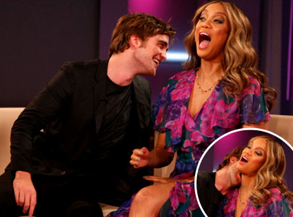Robert Pattinson, Tyra Banks